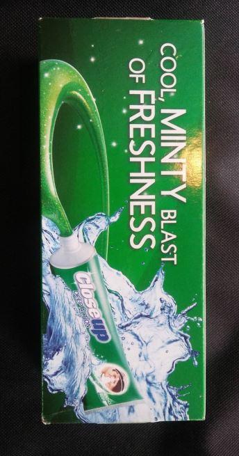 Предостережение от использования зубной пасты Closeup Deep Action
